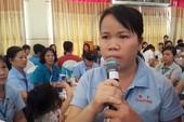 Nước mắt của nữ công nhân 8 năm chưa về quê ăn Tết