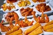Những thực phẩm có thể gây mất nước cơ thể