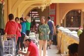 Cận cảnh chợ Bình Tây ngày chính thức hoạt động trở lại