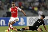 Ramsey nhận thẻ đỏ, Arsenal cầm chân Besiktas
