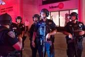 2 vụ nổ và 1 vụ đâm dao xảy ra cùng 1 ngày ở Mỹ