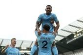 Man City hủy diệt Stoke, Chelsea thua sốc đội cuối bảng