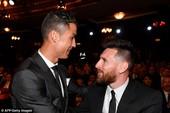 """MU lại vượt mặt Real Madrid, Ronaldo """"đỉnh"""" hơn Messi"""