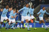 Man City may mắn loại Leicester City