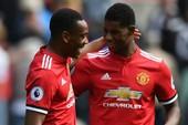 Mất Lukaku, Mourinho 'hạ mình' nhờ Rashford, Martial giúp MU