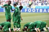 Salah ghi bàn, Ai Cập vẫn thua ngược Saudi Arabia phút bù giờ