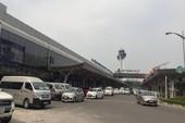 Khách ngoại bị từ chối nhập cảnh do dùng hộ chiếu giả