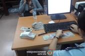 Phát hiện 1 người Trung Quốc mang tiền trái phép