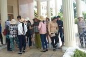 Chủ tịch Khánh Hòa đối thoại với dân vụ hỗ trợ sau bão