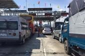 BOT Ninh Lộc lại xả trạm do tài xế đỗ xe giữa làn thu phí