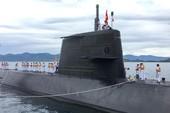 Tàu ngầm huấn luyện Nhật Bản cập cảng Cam Ranh, thăm Việt Nam