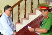 Tiếp tục truy tố cựu chủ tịch huyện kêu oan