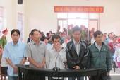 Phiên tòa xử 5 công an đánh chết người: 19/23 nhân chứng vắng mặt tại tòa