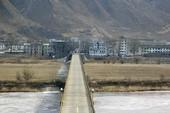 Trung Quốc xây cầu vượt biên giới tới Triều Tiên