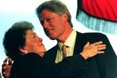 Cựu tổng thống Bill Clinton bị mẹ ruột lạm dụng tình dục từ nhỏ