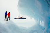 Làm báo trong băng giá Nam Cực