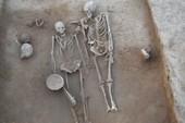 Giải mã bí ẩn ngôi mộ đôi 4.500 năm tuổi ở Ấn Độ