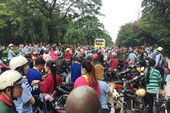 Hàng ngàn công nhân ngừng việc, phản đối chính sách công ty