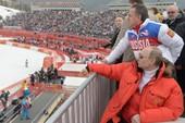 Tổng thống V. Putin chúc mừng kỳ thủ vô địch thế giới