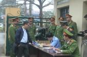 An ninh nghiêm ngặt tại phiên xử bác sĩ Hoàng Công Lương
