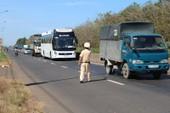 Từ 21-1, CSGT có quyền kiểm soát tất cả xe tải và xe khách