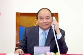 Thủ tướng Nguyễn Xuân Phúc điện đàm với Thủ tướng Nhật