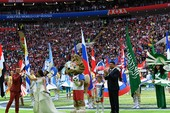 Khai mạc World Cup 2018: Từ gấu Misa đến sói Zabivaka