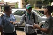 Lúng túng phạt lái xe né nộp phí lòng đường