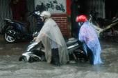 TP.HCM ngập nặng vì bão số 9