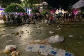 Khắp nơi ngập rác sau Tết dương lịch 2019