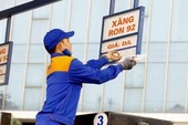 Chiều nay giá xăng dầu lại giảm