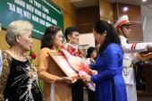 Truy tặng danh hiệu Anh hùng cho 16 mẹ ở TP. HCM