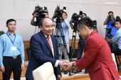 Thủ tướng động viên Quang Hải vì đá hỏng quả 11m