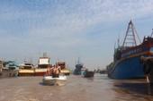 Sơ tán 60.000 dân tránh bão Tembin