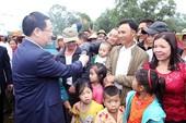 Phó Thủ tướng dự Ngày hội Đại đoàn kết ở xóm Thanh Lương