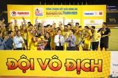 Vô địch từ nguồn cảm hứng đàn anh tuyển Việt Nam