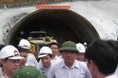 """Làm đường """"lem nhem"""" bị Bộ trưởng Đinh La Thăng yêu cầu làm lại"""