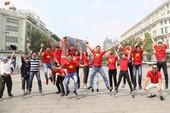 Phố đi bộ Nguyễn Huệ 'nóng' trước trận chung kết