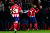Griezmann ghi 4 bàn, Atletico gây áp lực lên Barca