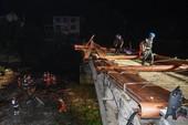 Sập cầu ở Trung Quốc đè chết 8 người đang trú mưa dưới gầm cầu