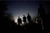 Mỹ sắp đưa 1.000 quân tới biên giới Mexico chặn người di cư