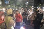 CSGT TP.HCM tạm giữ hàng chục xe máy đi 'bão' đêm 3-12