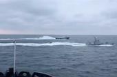 Video Nga đuổi theo các tàu Ukraine xâm phạm lãnh thổ