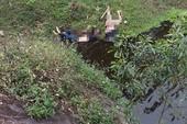 Bàng hoàng phát hiện thi thể 2 thanh niên dưới chân cầu