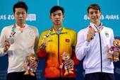 Khen thưởng kình ngư Nguyễn Huy Hoàng đạt HCV Olympic trẻ 2018