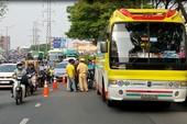 Thiếu úy công an chở vợ mang thai gặp tai nạn giao thông