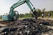 Vụ chôn rác thải: Đào lên thấy rác và mùi hôi nồng nặc