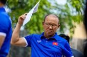 Olympic VN lại tập 'chay', HLV Park Hang-seo căng thẳng