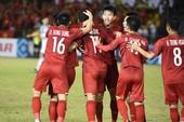 Đánh bại Philippines, Việt Nam mở toang cửa chung kết AFF Cup