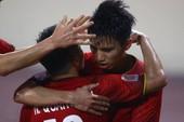 Philippines kiên cường, Việt Nam vất vả vào chung kết AFF Cup